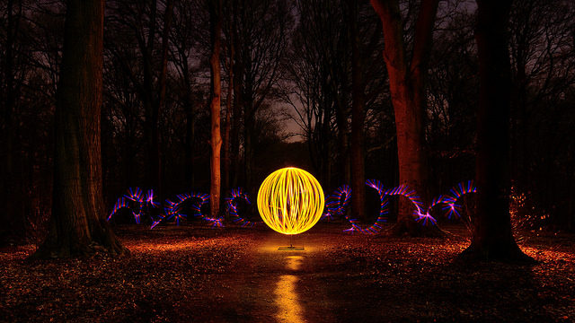 boule-de-lumiere-light-painting