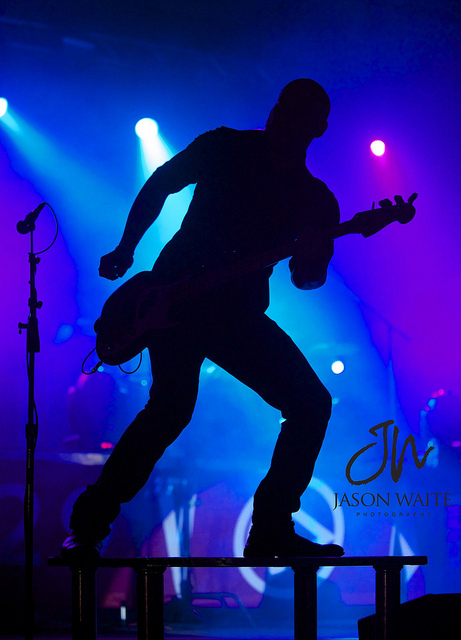 photo-concert-silhouette-musicien