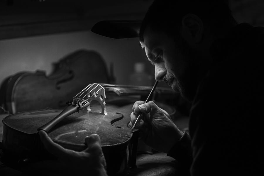 portrait-environnemental-photo-luthier-federico-loddo